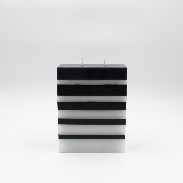 B&W candela rettangolo strisce