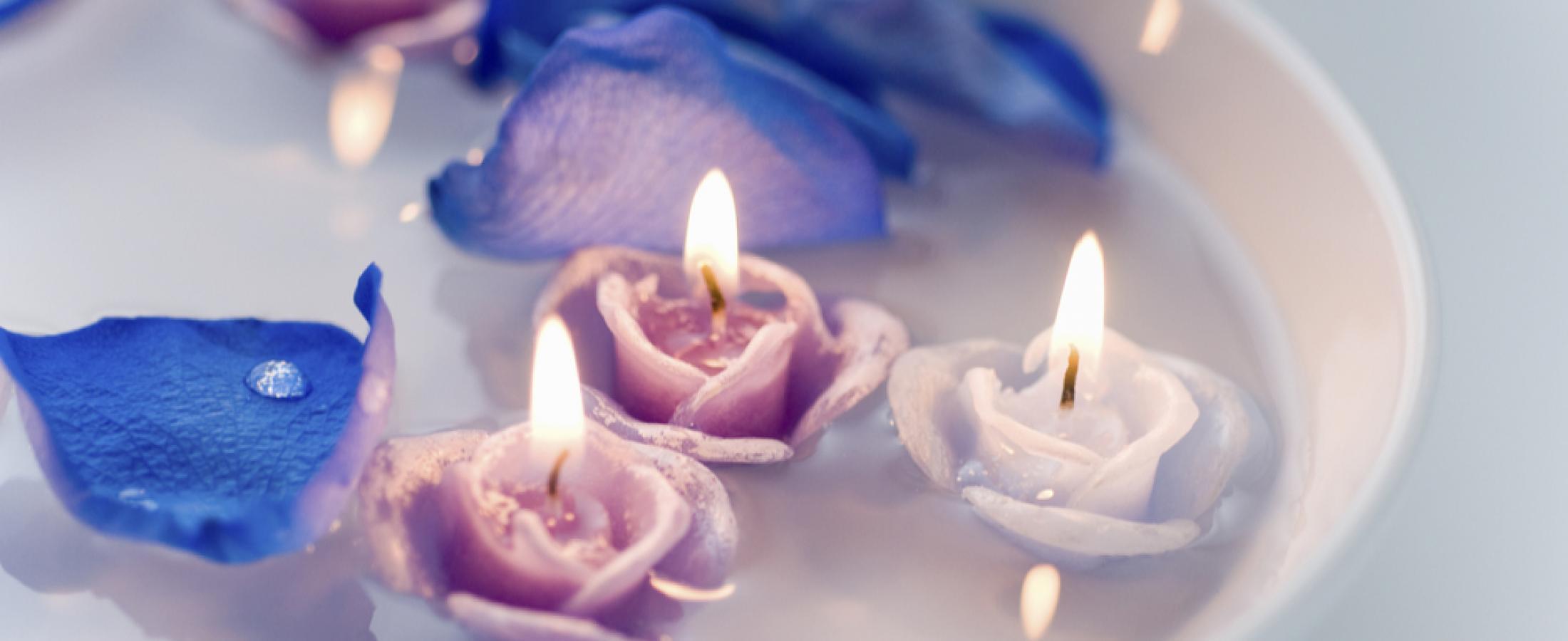 candele galleggianti rosa